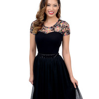 Black & Floral Lace Short Sleeve Stretch Blouse