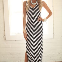 Watch Your Back Maxi Dress Black