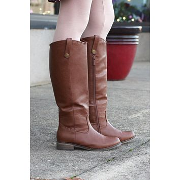 Stirrup Rider Boots {Tan} - Size 5.5