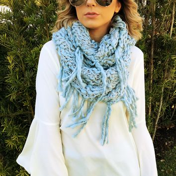 Staying Warm Scarf: Powder Blue