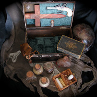 Antique Vampire Hunter Kit