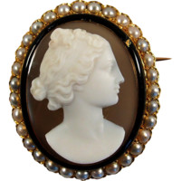 Fabulous Italian cameo brooch with 18K solid gold, pearl, enamel frame, stamped, Circa 1890s
