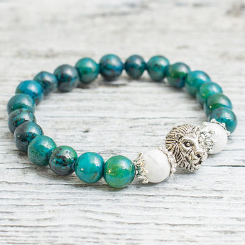 Green phoenix stone and white howlite beaded silver Lion head stretchy bracelet, made to order yoga bracelet, mens bracelet, womens bracelet