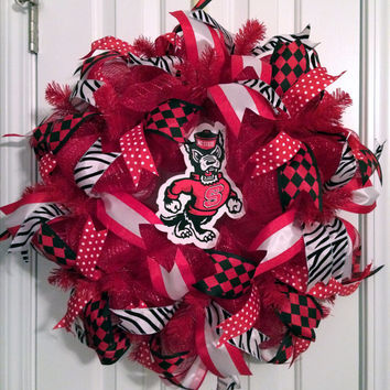 North Carolina State University (NCSU) Wolfpack Deco Mesh Wreath
