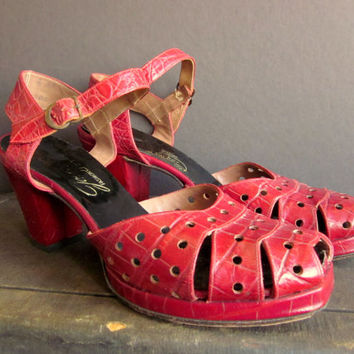 Cherry Red 1940s Platforms - Vintage Red Leather Heels - Pin Up Shoes 7.5 8 - 1940s Shoes