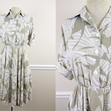 Vintage 80s Cream & Tan Collared Dress // Full Skirt // Palm Leaf Design // Pockets // Super Cute // Small
