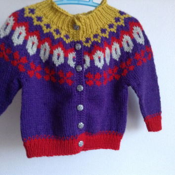 baby cardigan, sweater with buttons, 0 to 6 months,  traditional icelandic pattern, knitted, handmade, ready to ship, pure new wool