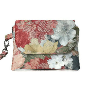 Floral Wristlet, Stylish Flowered Women's Wristlet Wallet, Small Hand Bag, Casual and Comfortable