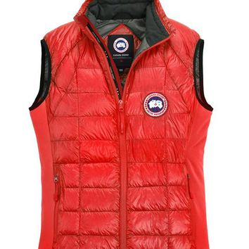 Canada goose Winter fashion to keep warm WOMEN down Vest/RED