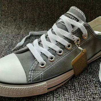 Fashion Online Converse Chuck Taylor All Star Unisex Sport Casual Low Help  Shoes Canvas Shoes Couple f1a3de6a7