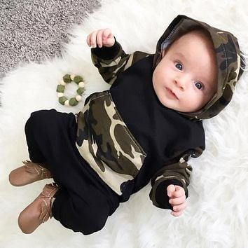 2017 Baby Boy Girl Clothing sets Hoodies Sweatshirt Camouflage Clothing + Pants Toddler 2pcs Outfits Set Baby Boys Clothes Suit