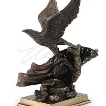 American Pride USA Bald Eagle and Flag Military Trophy Statue 8.5H