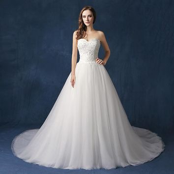Lace Beading Top Wedding Dresses Tulle Ball Gown with Long Train Wedding Dress Sweetheart Lace Up Back Bridal Gowns OW094