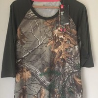 NWT Under Armour Womens Realtree Camo 3/4 Sleeve Pullover Fitted Shirt Hunting L