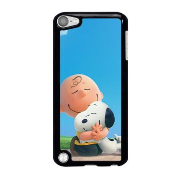 SNOOPY AND CHARLIE BROWN THE PEANUTS iPod Touch 5 Case Cover