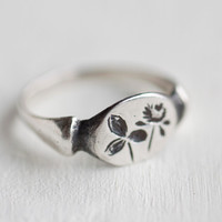 Silver Red Clover Ring