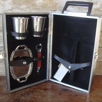 Vintage Travel Bar Case Mix Drink Set Lovely Fun