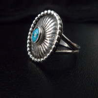 Authentic Navajo,Native American,Southwestern,vintage style,sterling silver turquoise mini concha ring.Sizes can be adjusted.