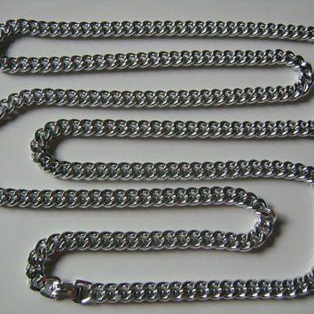 Western Germany Jewelry Shiny Silver Tone Metal Aluminum Miami Curb Cuban Links Chain Men & Women Necklace Great For Rocker Biker Rapper DJ