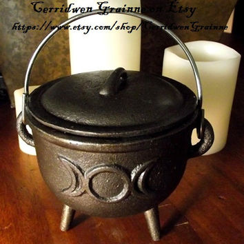 Witch's Cauldron, Cast Iron Cauldron, Smudge Pot, Incense Burner, Wiccan Altar, Pagan, Witch, Ritual Tools, Herb Grinder, Scrying,