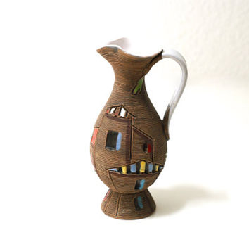 Fratelli Fanciullacci Vase Jug or Pitcher, Midcentury Modern, Made in Italy, 1950s or 60s, Sgraffito, Handcrafted, Classic Italian Ceramics