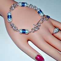 Beaded chainmaille bracelet - byzantine weave - blue / white - glass pearls - hand made hook and eye closure - silver plated