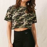 Vintage Cropped Camo Tee - Urban Outfitters