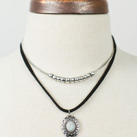 Western Medallion Choker Necklace