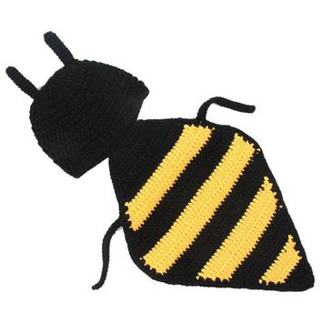 Hand Crochet Knitting Bee Shape DIY Photography Baby Hooded Blanket