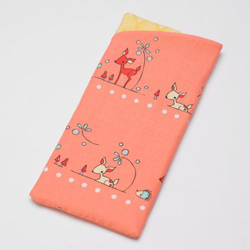 Sunglasses Case, Eyeglasses Case, Glasses Case in Pink Woodland Deer Fabric