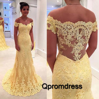 beauty yuellow off-shoulder lace applique see-through small train prom dress