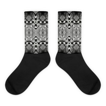 """CAPTIONS"" Houndstooth Socks"