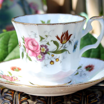 Elizabethan Teacup and Saucer - Pink Roses - Vintage Bone China Made in England 11772