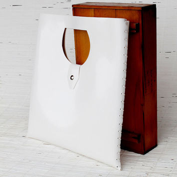 Large wedding bag White bridal clutch for unconventional weddings Womens tote bag Vegan tote bag from ecofriendly plastic    Large tote bag