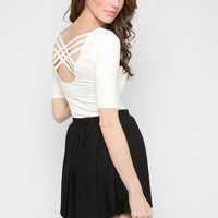 Crossed Back Top in Ivory :: tobi