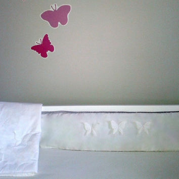 BUTTERFLY DREAM bumper-baby ellegant embroidered crib bumper -neutral baby bedding-quality cotton fabric - light weight-a keepshake