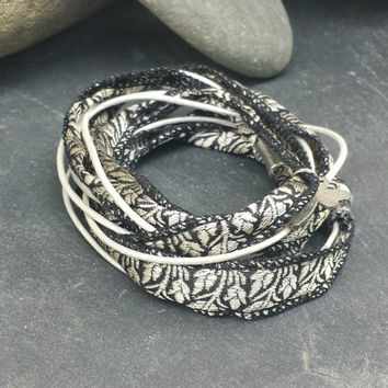 Boho wrap bracelet vintage Sari Silk and leather. Black, pearl white and silver with magnetic clasp, free shipping.