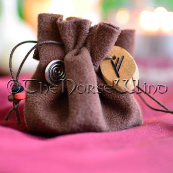 Mojo Bag Hoodoo Bag Talisman, Runes Bag Gris Gris Prosperity Amulet, Magic Spell Bag, Good Luck Amulet, Good Luck Talisman