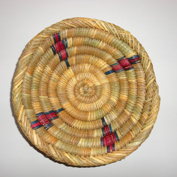Moroccan Round Flat Raffia Trivet with Purple & Blue accents