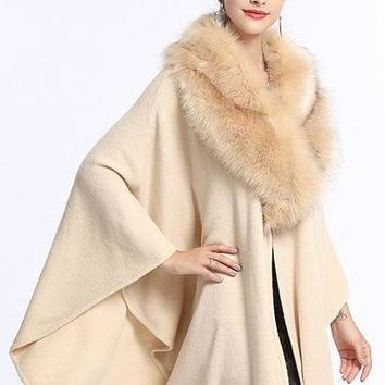 Fashion Autumn And Winter New Women Shawl Cloak Lady Fake Fox Fur Big Collar Loose Knit Poncho Cardigan Sweater