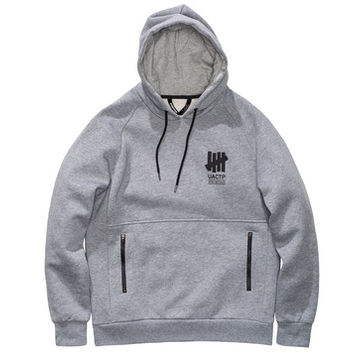 UNDEFEATED TECHNICAL HOOD | Undefeated