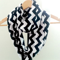 Womens Chevron Scarf, Black and White Chevron Infinity Scarf , Circle Scarf, Jersey Knit Scarf , Trendy Fashion Scarves