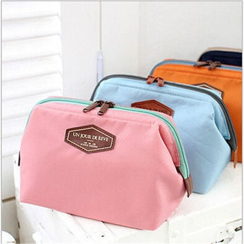 2016 HOT Women Cosmetic Bag Organizer Bag Portable Multifunctional Travel Pockets Handbag Makeup Bag High Quality F328