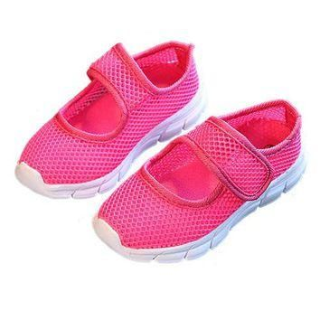 MACH a pair of Kids Breathable Mesh Childrens Shoes Single Net Cloth Sports Shoes Casu