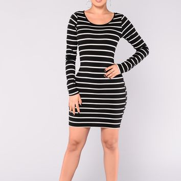 Yaretzi Stripped Dress - Black/White