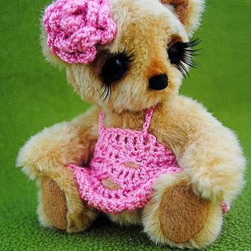 Artist Teddy Bear - OOAK Miniature collectible Teddy bear - Michelle 4.7 inch. Hand sewn. Brown, beige, pink, white