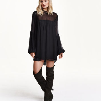 H&M Wide-cut Chiffon Dress $69.99
