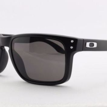 quNEW Authentic Oakley Sunglasses HOLBROOK OO 9102-01 Matte Black Warm Grey