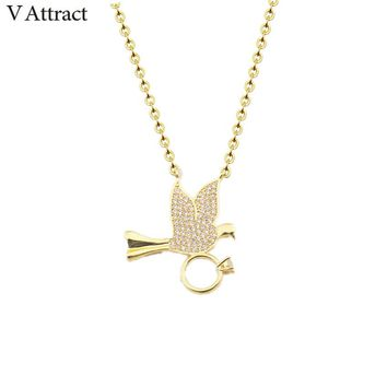 V Attract  2017 Fashion Woman Necklace Pendants Vintage Peace Dove Statement Necklace Animal Pet Charms Jewelry