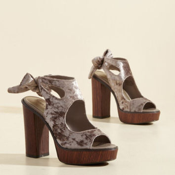 My Bold Stomping Grounds Velvet Heel in Mauve | Mod Retro Vintage Heels | ModCloth.com